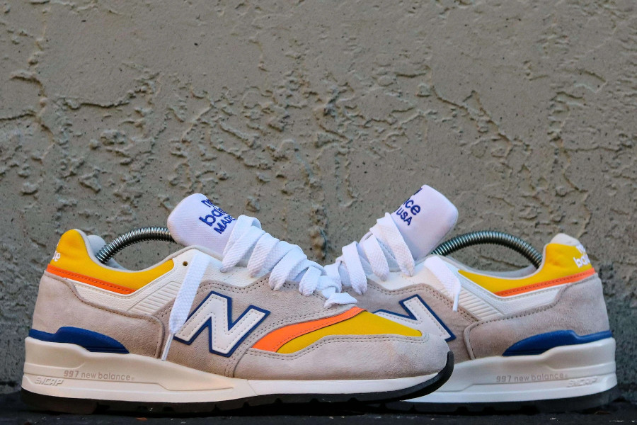 New Balance 997 grise orange jaune et bleue (1)