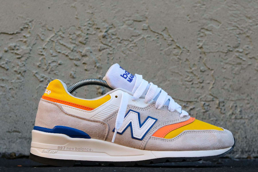 New Balance 997 grise orange jaune et bleue (2)