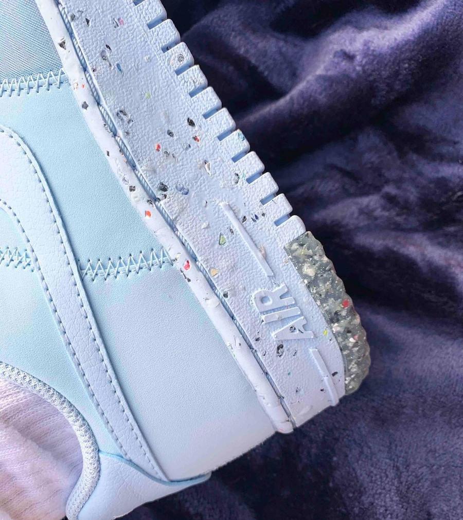 Nike AF1 Grind bleu avec taches de peinture multicolore (1)