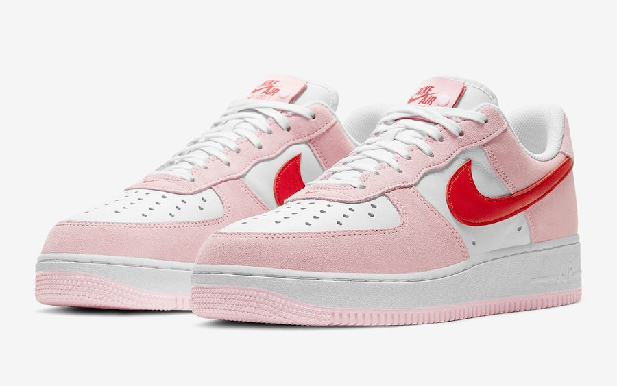 Nike-Air-Force-1-Low-Valentines-Day-DD3384-600-letter