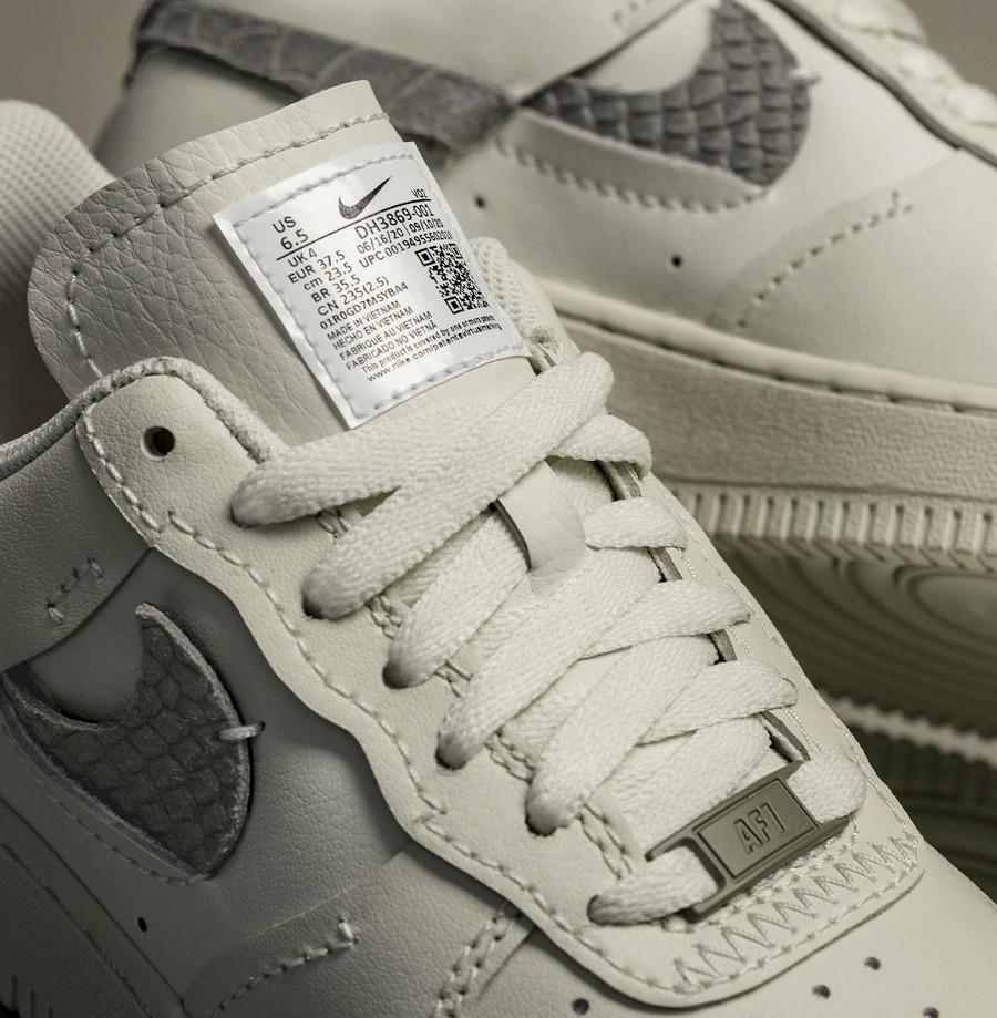 Nike Air Force 1 Vandalized Inside out beige (imprimé serpent) (2)