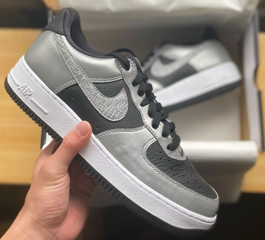 Nike Air Force One Low gris argent (imprimé serpent) (1)
