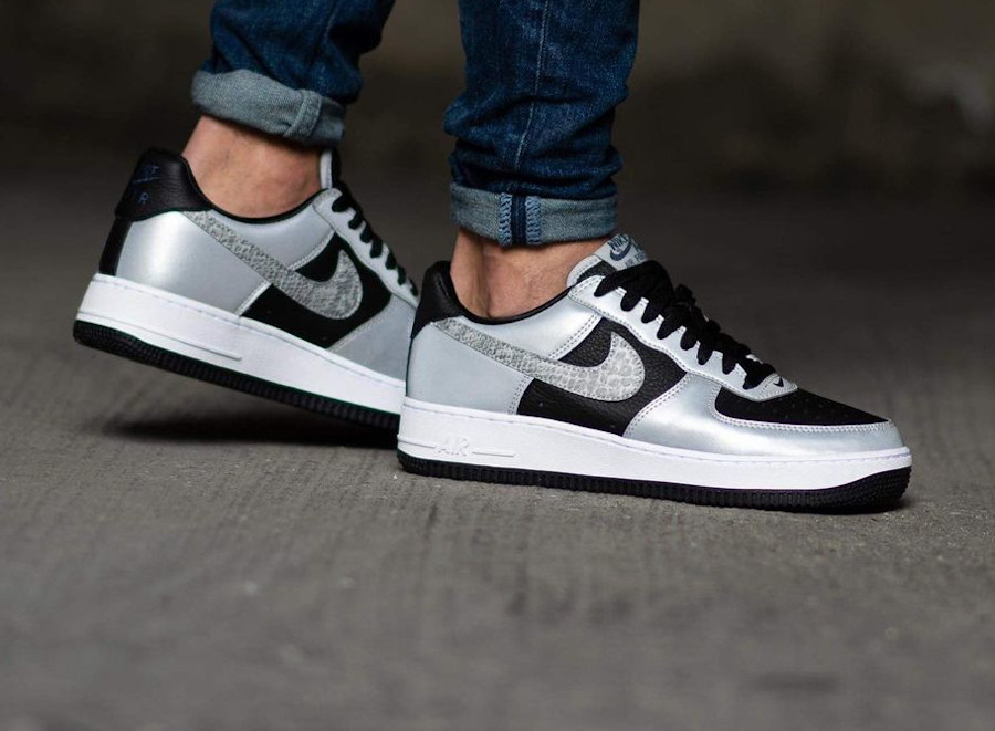 Nike Air Force One Low gris argent (imprimé serpent) (5)