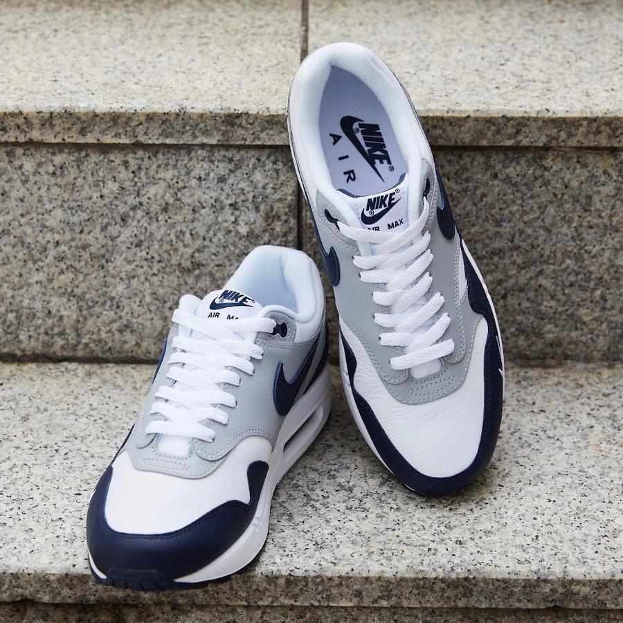 Nike Air Max 1 en cuir gris et bleu marine (3)