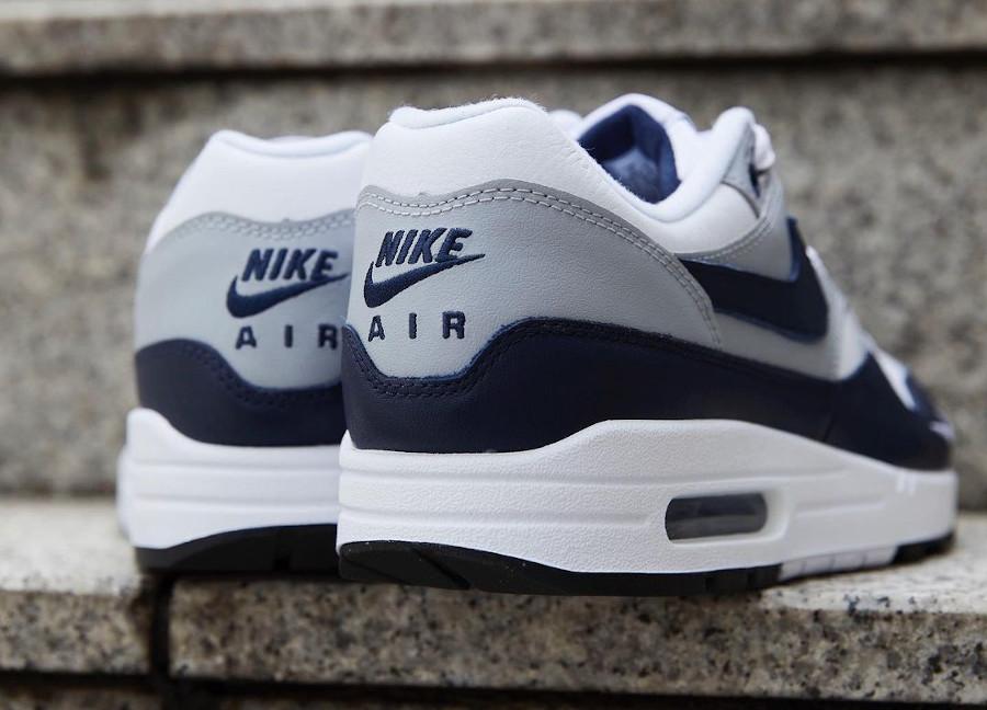 Nike Air Max 1 en cuir gris et bleu marine (4)