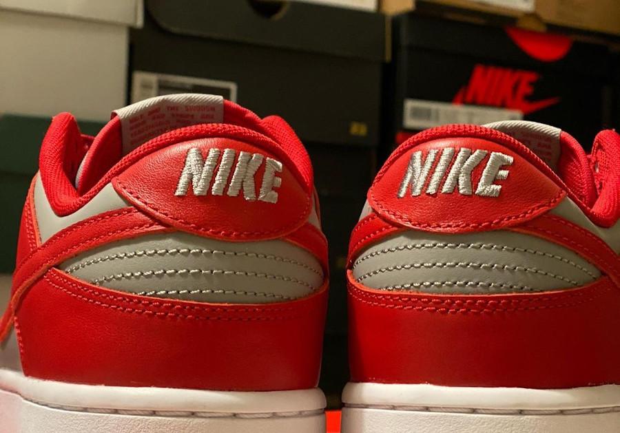 Nike Dunks Lo OG grise et rouge (4)