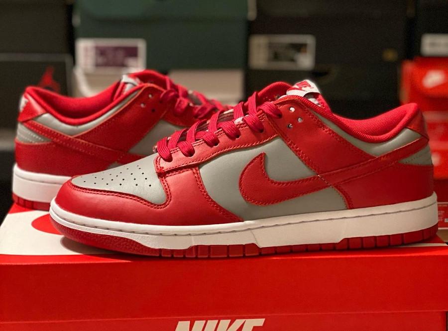 Nike Dunks Lo OG grise et rouge (5)