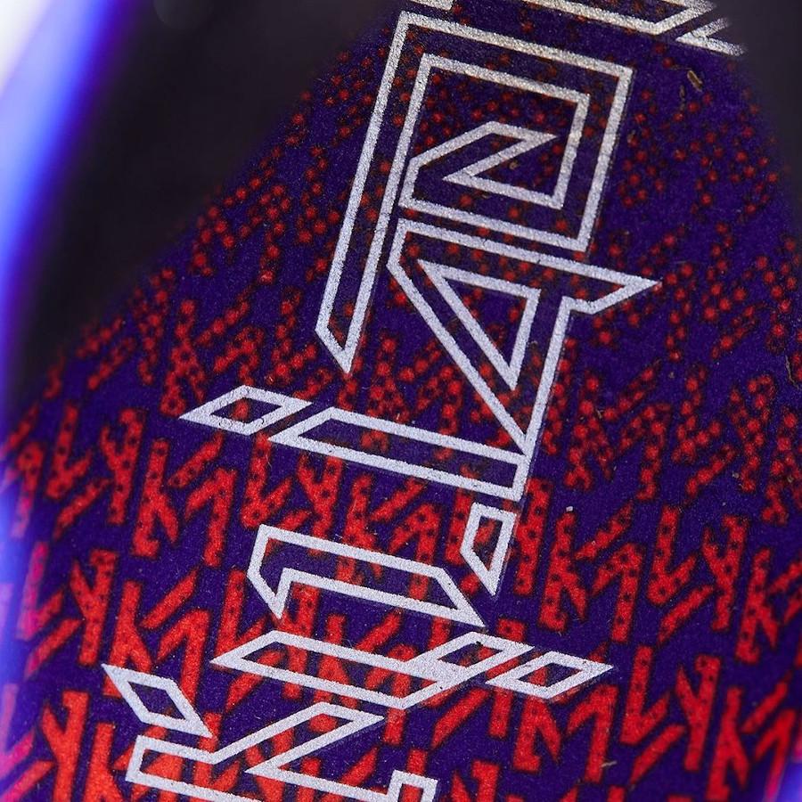 Nike Lebron XVIII KM noire et violet (2)