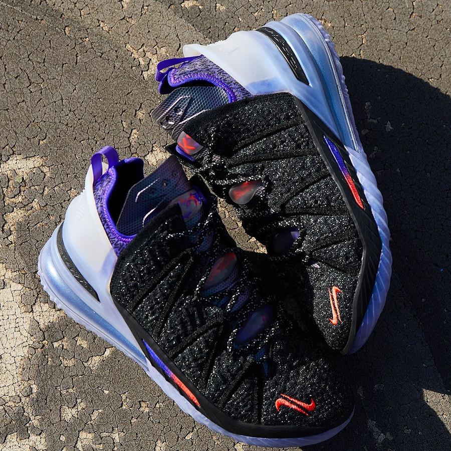Nike Lebron XVIII KM noire et violet (4)