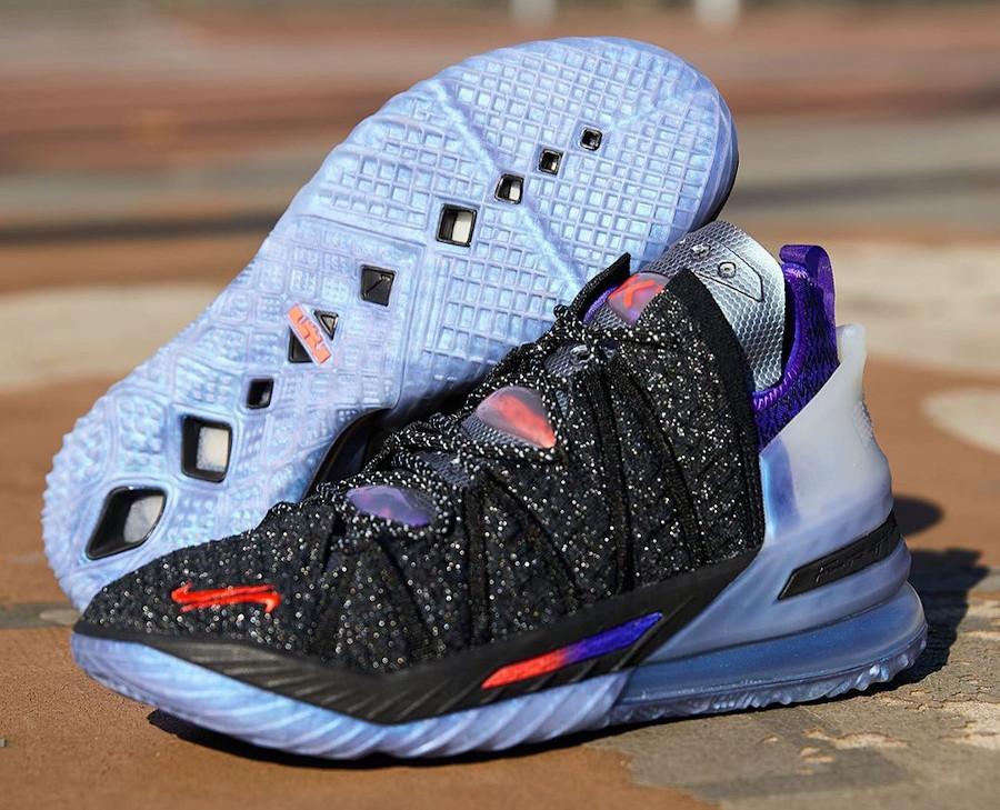 Nike Lebron XVIII KM noire et violet (6)
