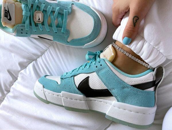 Nike Wmns Dunk Low Disrupt bleu avec un diamant