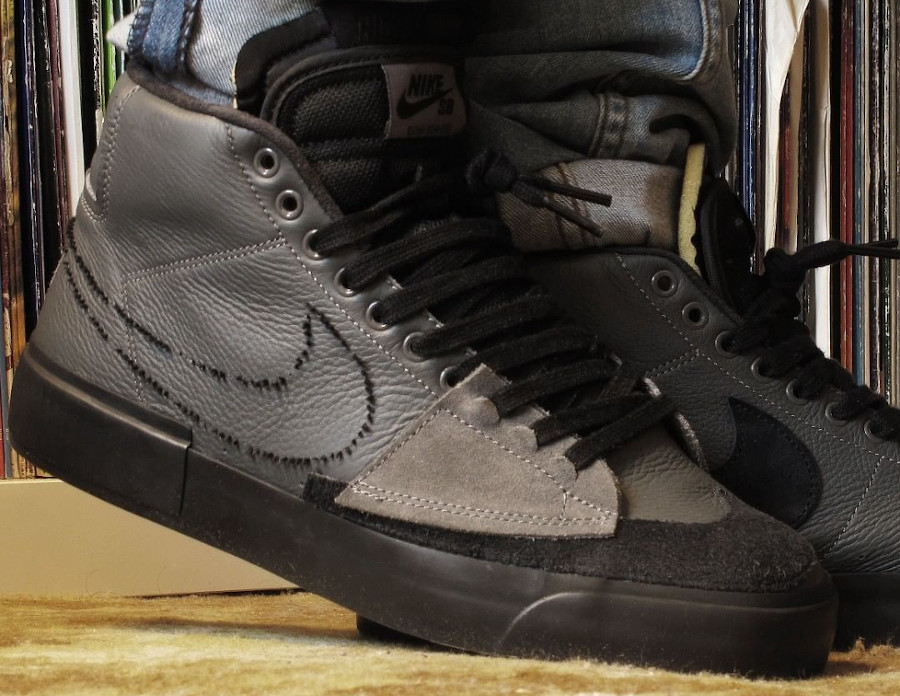 Nike Zoom Blazer SB Mid Edge gris et noir on feet