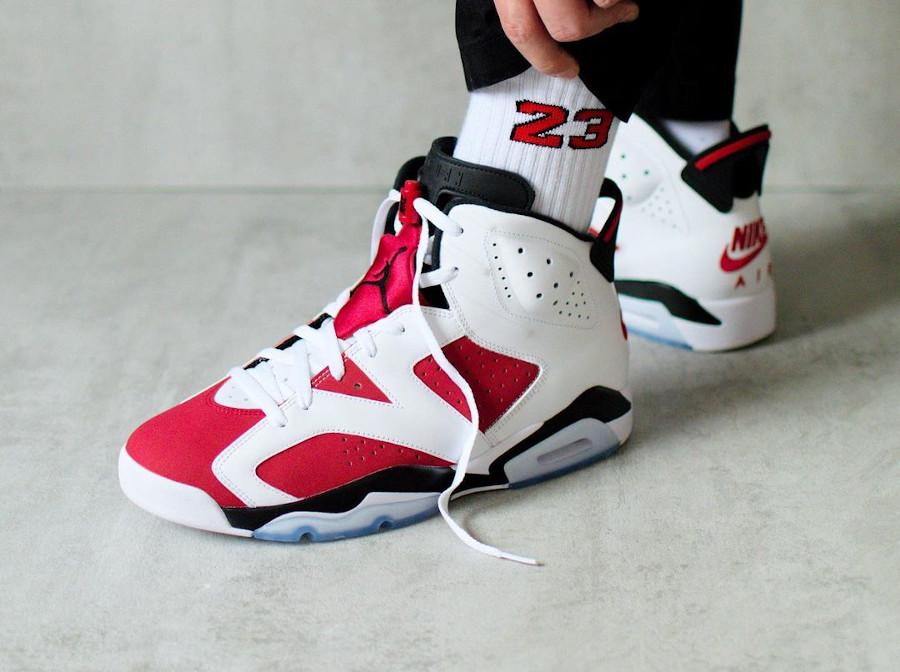 Air Jordan VI OG Remasteeed blanche et rouge on feet