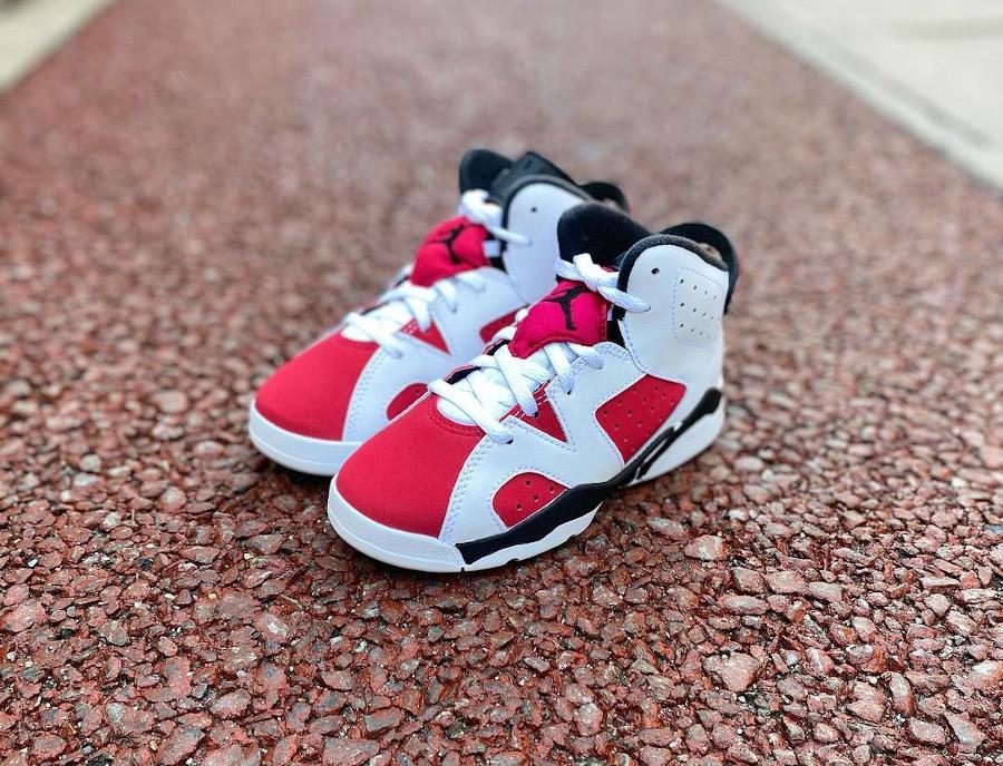 Air Jordan VI OG bebé Remasteeed blanche et rouge 384667-106