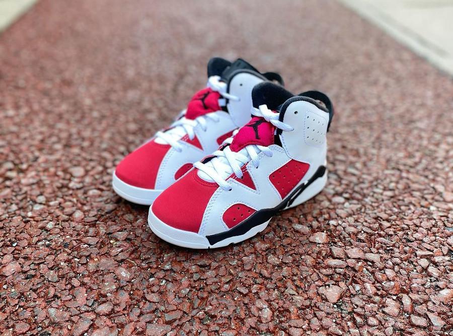 Air Jordan VI OG enfant Remasteeed blanche et rouge 384666-106