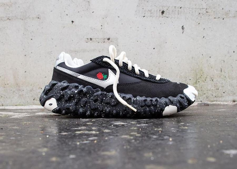 Jun Takahashi x Nike Overreact noire et argent métallique (1)