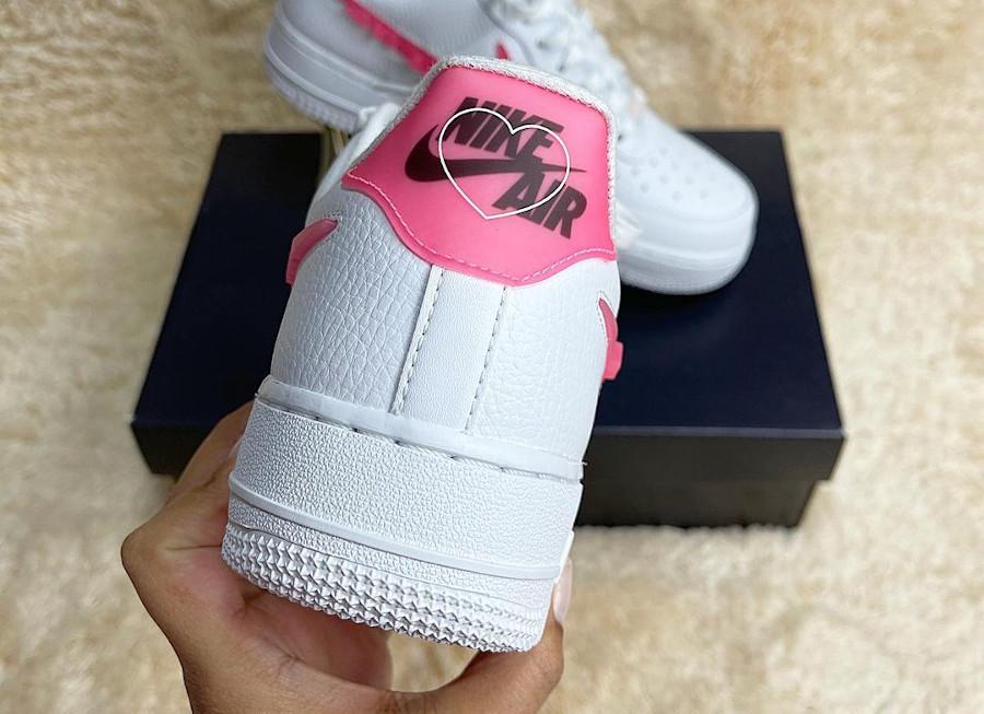 Nike AF1 Low femme blanche (amour en lettres roses) (2)