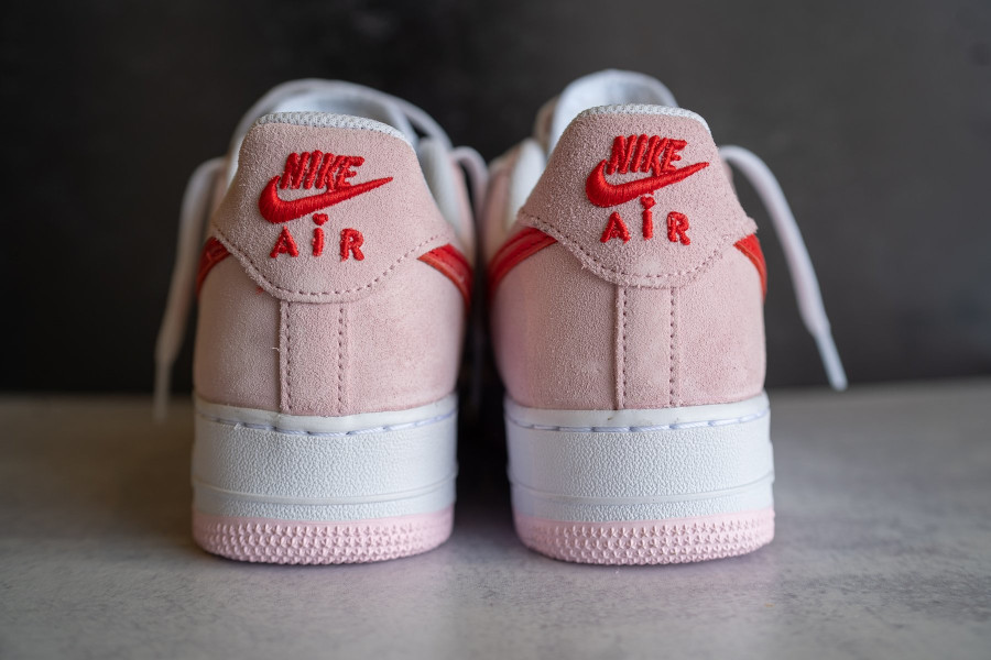 Nike Air Force One Strange Love blanche rouge et rose (5)