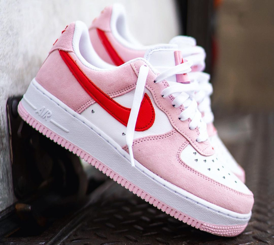 Nike Air Force One Strange Love blanche rouge et rose (8)