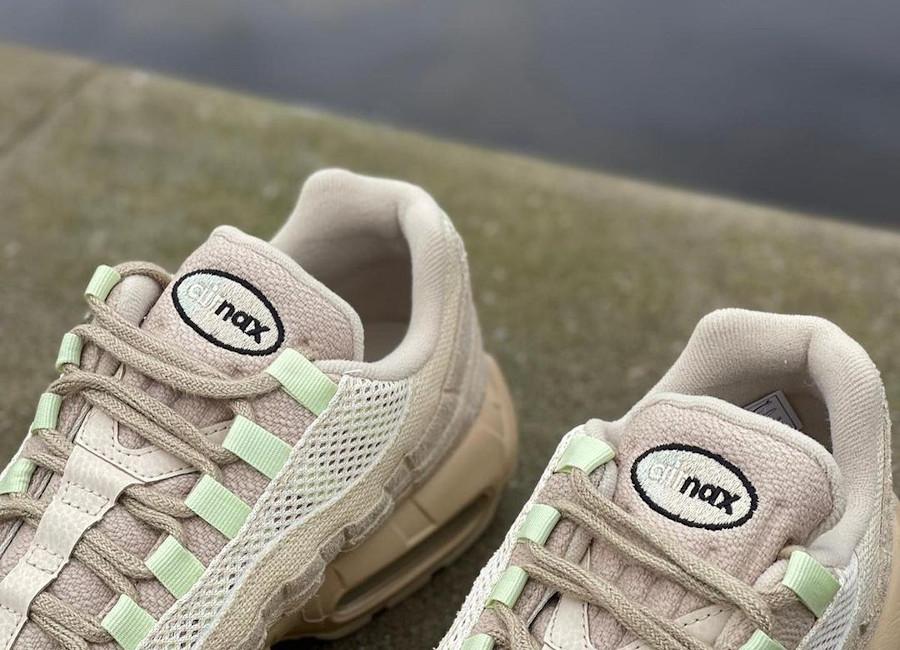 Nike Air Max 95 Premium beige et vert pastel (1)