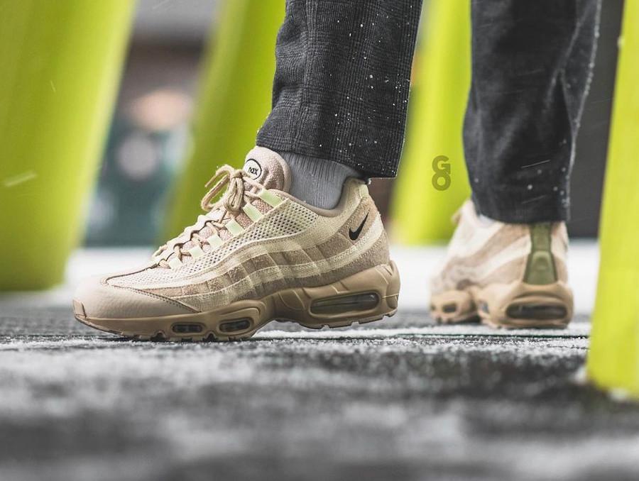 Nike Air Max 95 Premium beige et vert pastel (3)