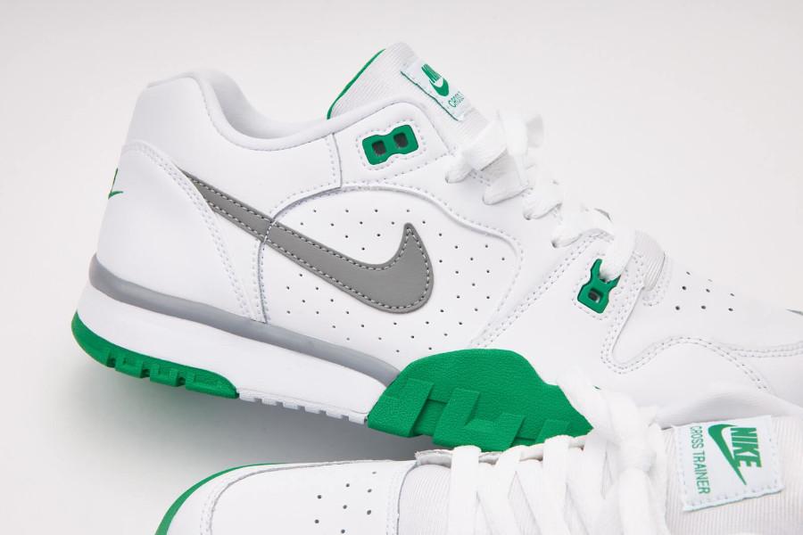 Nike Cross Trainer Lo blanche verte et grise (3)