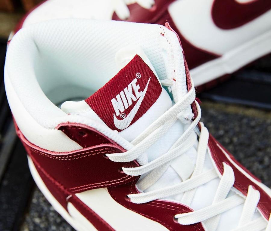 Nike Dunk montante blanche et bordeaux pour femme (1)
