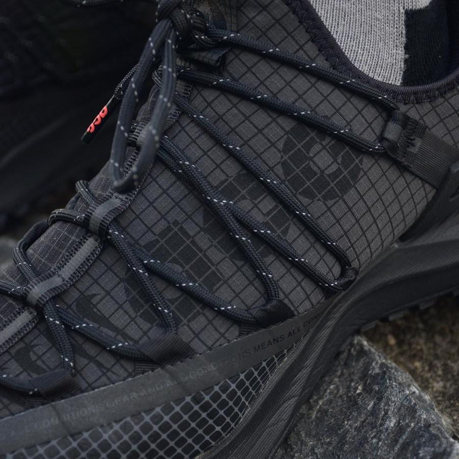 Nike Mountain Fly ACG grise et noire (1)