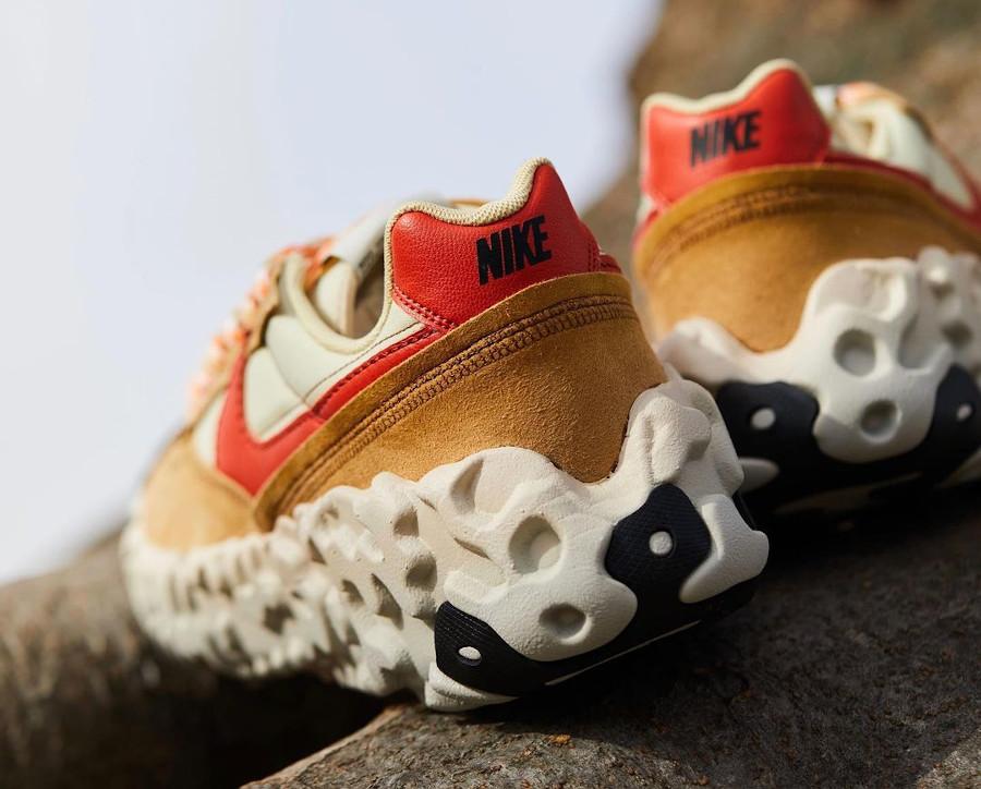 Nike Over Break marron beige et rouge (2)