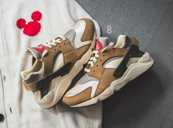Nike x Stussy Air Huarache Le Desert Oak 2021 DD1381-200