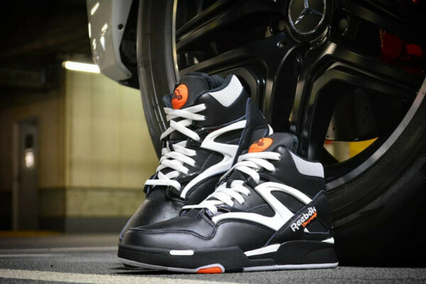Reebok Pump Omnizone II Noire No Look Dunk (30th Anniversary) (1)
