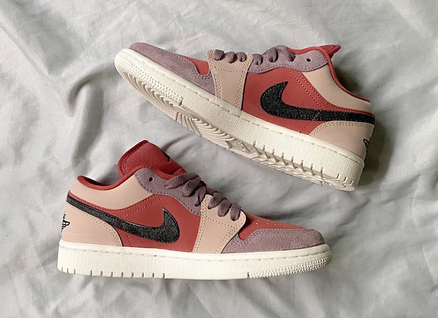 Women's Air Jordan 1 Low rose beige et violet (1)