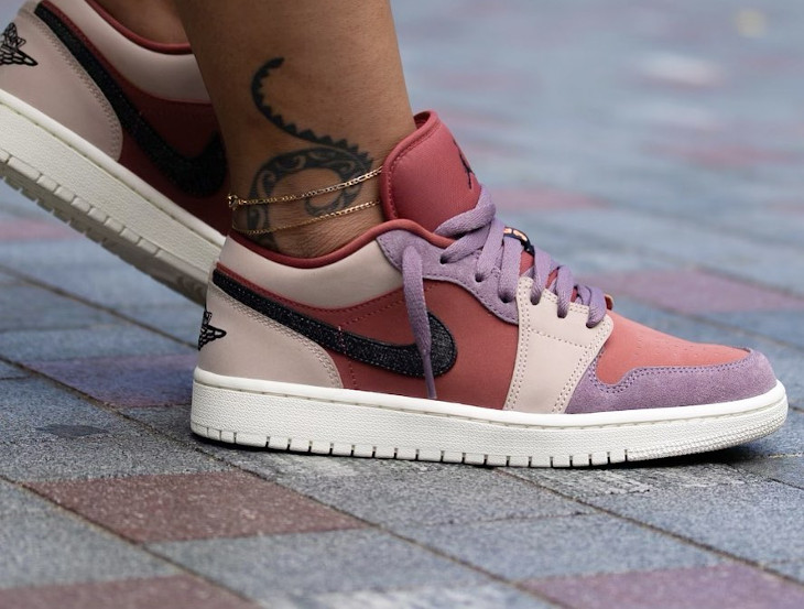 Women's Air Jordan 1 Low rose beige et violet (2)