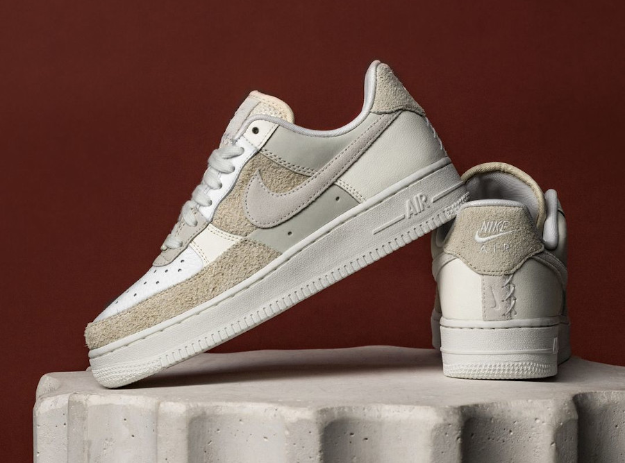 Women's Nike AF1 2021 blanche beige et crème (2)