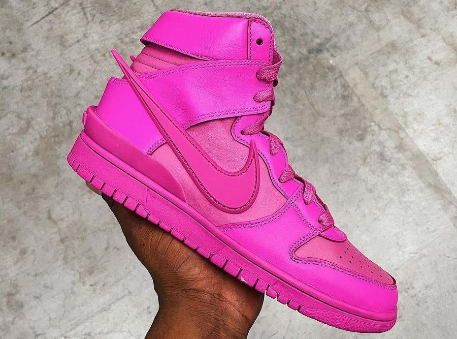 Yoon x Nike Ambush Dunk High Cosmic Fuchsia CU7544-600