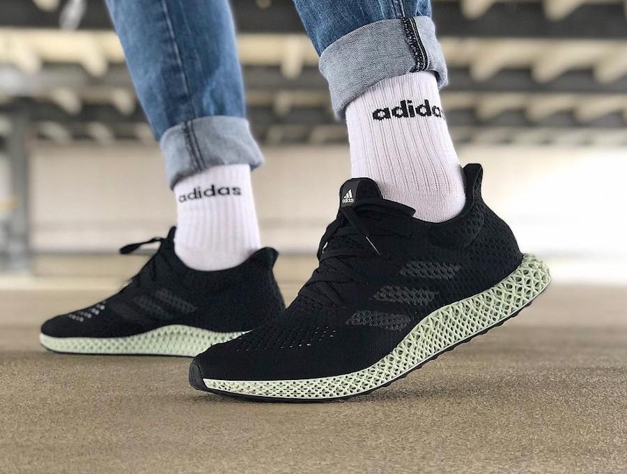Adidas 4D Primeknit noire et verte on feet (2)