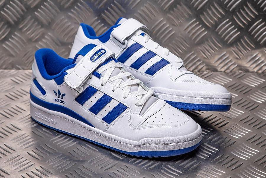 Adidas Forum basse blanche et bleue (0)