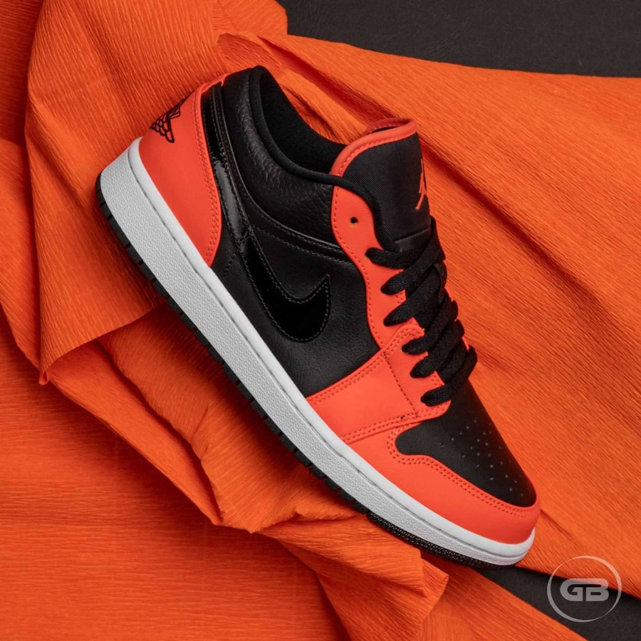 Air Jordan 1 Low 2021 noire et mandarine (3)