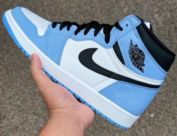 Air Jordan 1 montante blanche bleu ciel et noire (1)