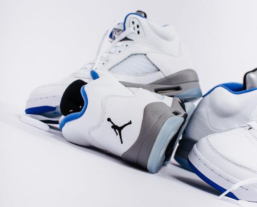 Air Jordan V blanche bleu et grise (2)