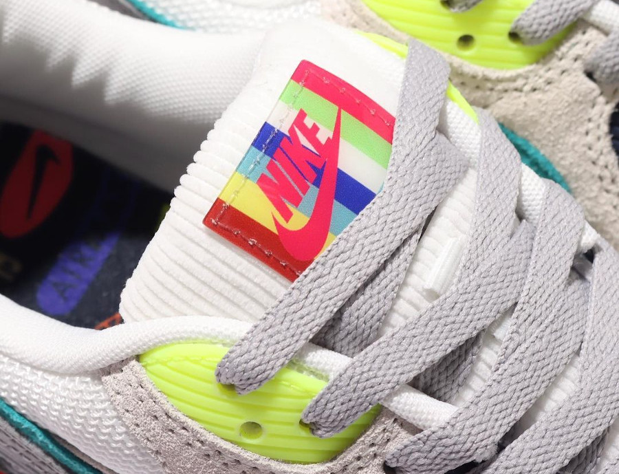 Nike AM90 2021 Pearl Grey Sport Turquoise Summit White (2)