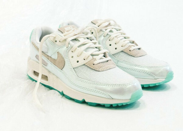 Nike AM90 PRM Future is Clear Sail Green (DH8074-100)