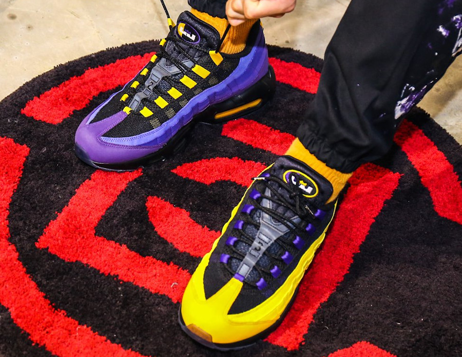Nike AM95 PRM Lebron James Home Team Lakers CZ3624-001