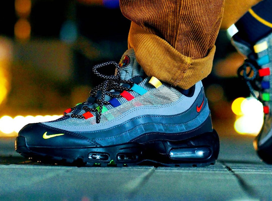 Nike AM95 SE EOI Light Charcoal CW6575-001