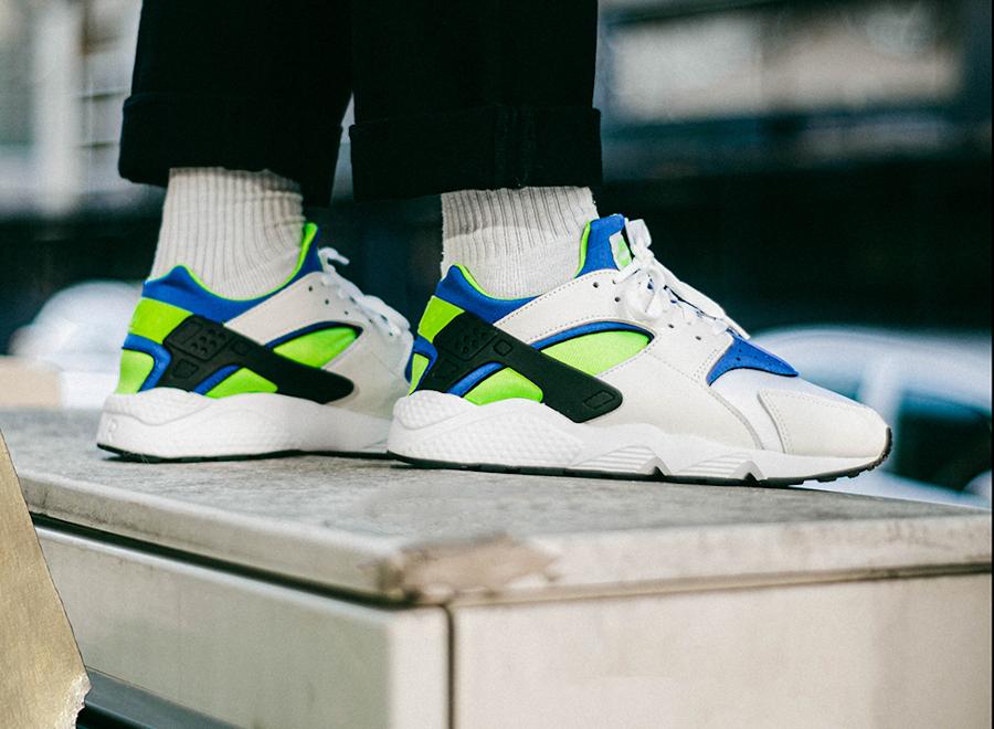 Nike Air Huarache blanche bleu vert fluo (30 ans) (1-1)