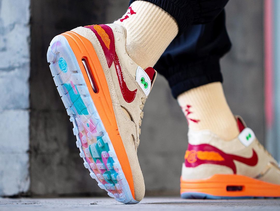 Nike Air Max 1 KOD 2.0 on feet (3)