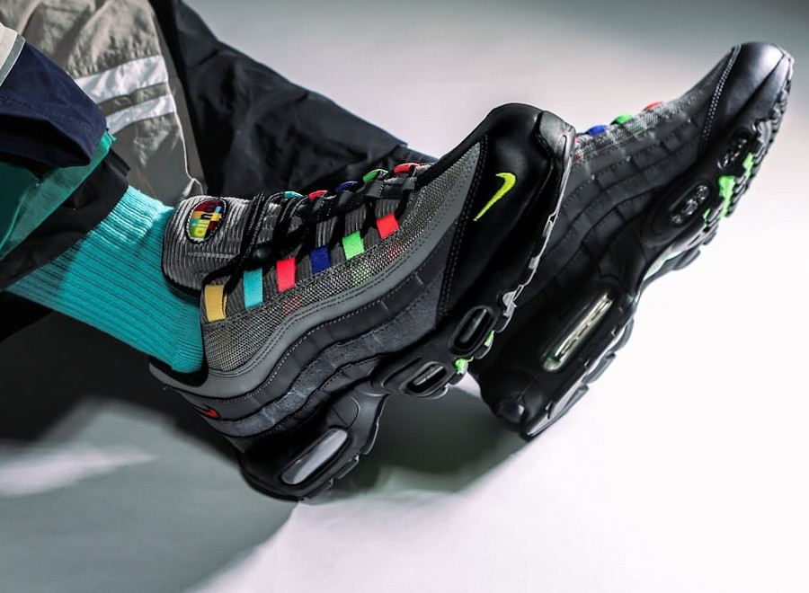 Nike Air Max 95 Evolution Of Icons (4)