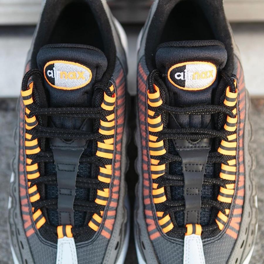 Nike Air Max 95 KM EOI noire grise et orange (3)