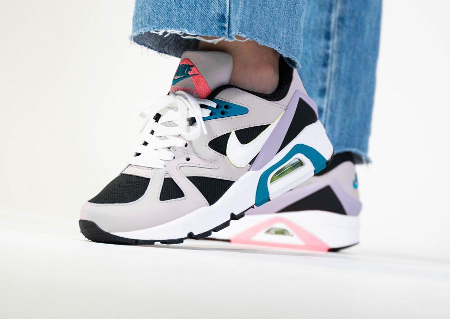 Nike Air Structure femme grise blanche et violet (3)