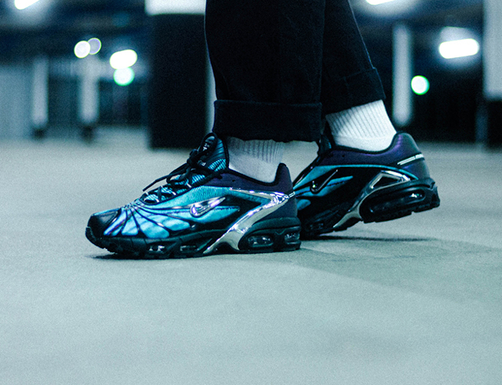 Nike Air Tailwind V +irisée bleu papillon on feet (2)